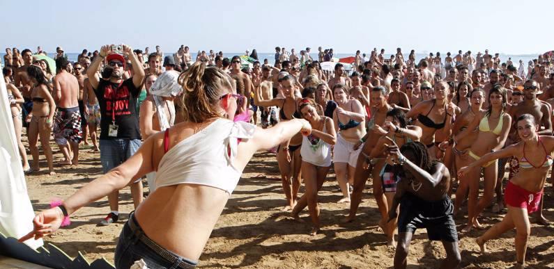 Sun Beach Baile Dancehall